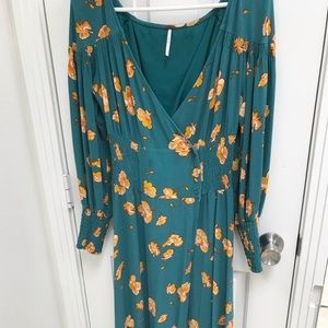 Free people green maxi dress perfect for summer